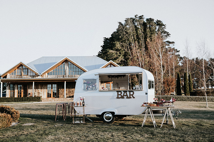 blue mountains wedding venue waldara farm oberon with my little peony caravan bar